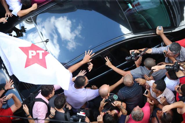 Lula deixa a sede nacional do PT após coletiva de imprensa sobre seu depoimento à PF   Foto: Paulo Pinto/ Fotos Públicas / OA