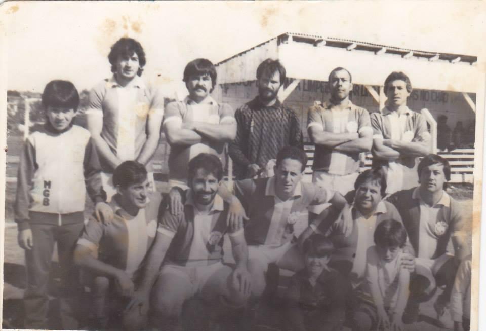 Em pé Ederson, Amarildo, Nelson, Lino, Gilmar e Zeca. Agachados Doilde, Paulo Paleta, Nene, Vilmar e Wilson