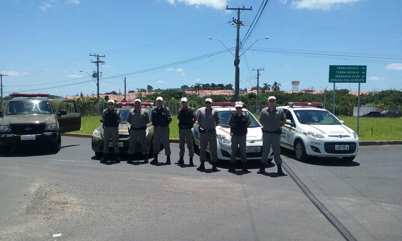 Dupla roubou com um espingarda de chumbinho e réplica de pistola / Foto: 24º BPM / Divulgação / OA